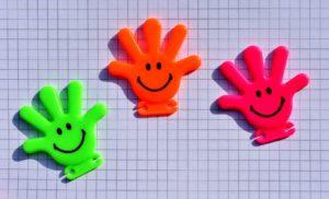 Saviez-vous que le rire peut améliorer votre productivité de + de 30%, et votre créativité de + 42% ?